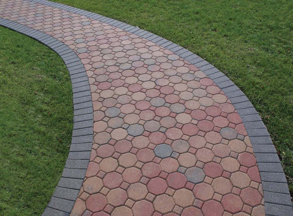 Mission Split 8 In X 4 In X 1 63 In Tumbled Clay Red Flash Paver Clay Pavers Brick Patterns Patio Rustic Stone