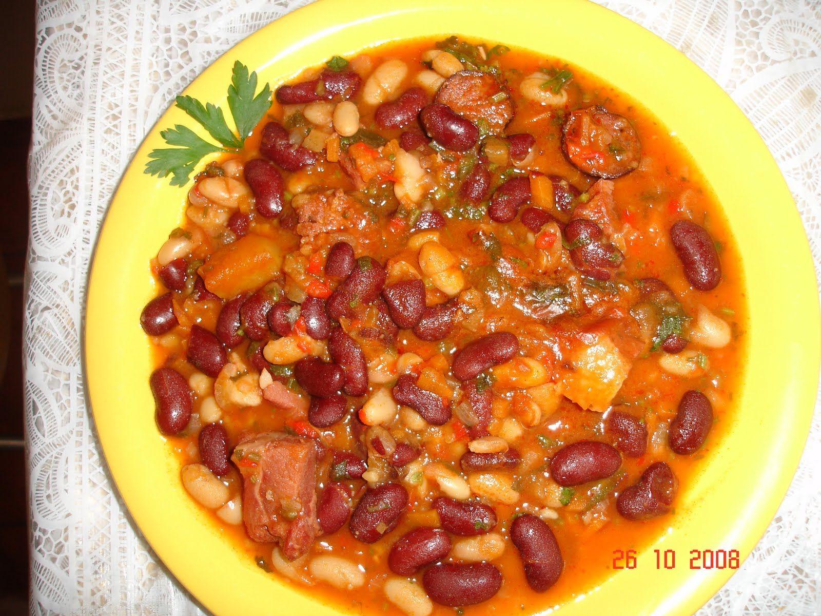 Iahnie De Fasole Ingrediente Ciolan Kaizer Afumat Fasole 1 2 Kg Ceapa Alba Si Rosie 1 2 Food Foodie Soup