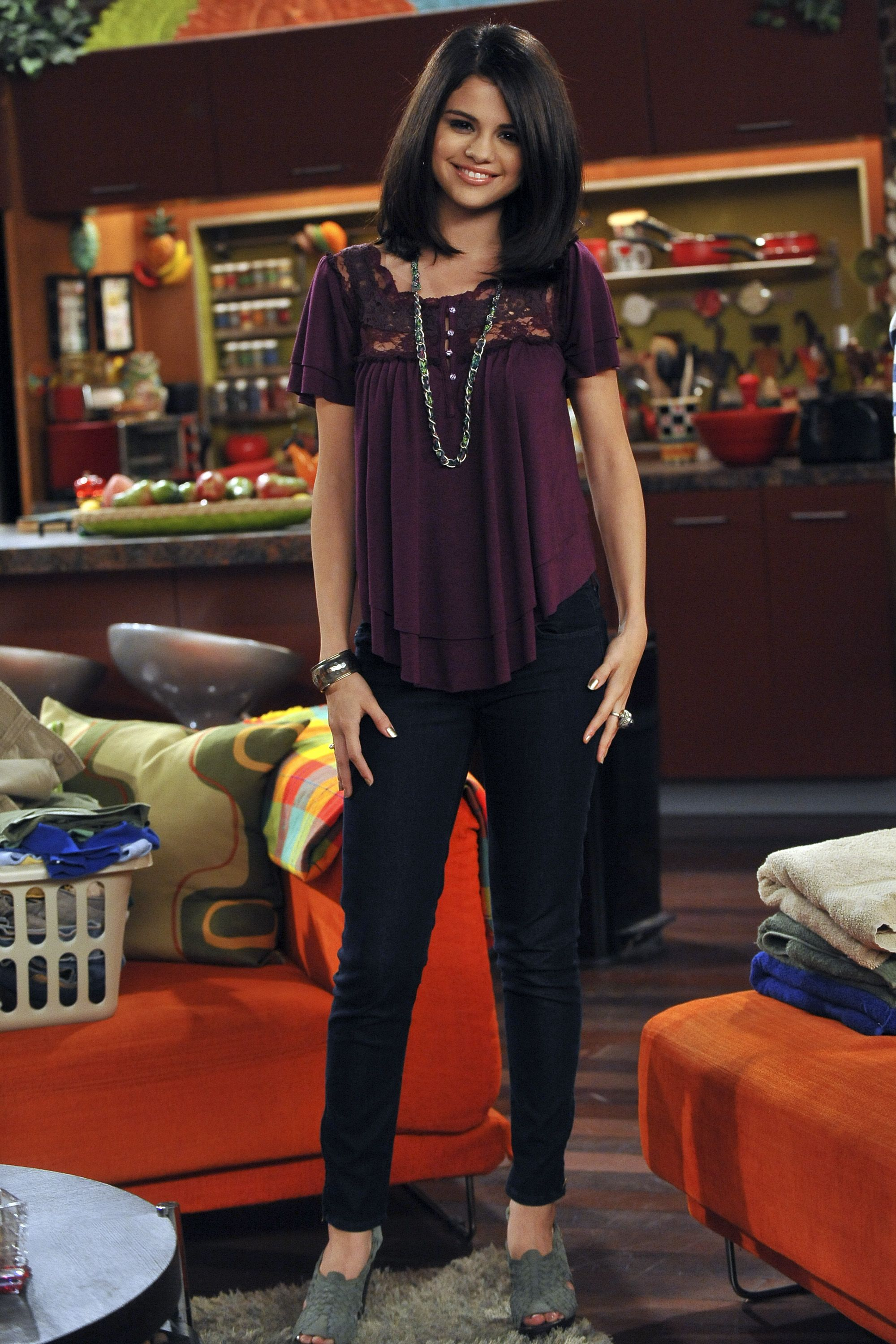 wizards of waverly place fashion evolution | pinterest | evolution