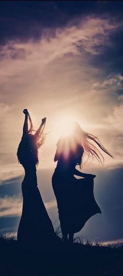 Cait! THIS would be how IIII would do the sunset photo ^.^ BELLYYY DAAANNCCCCCE