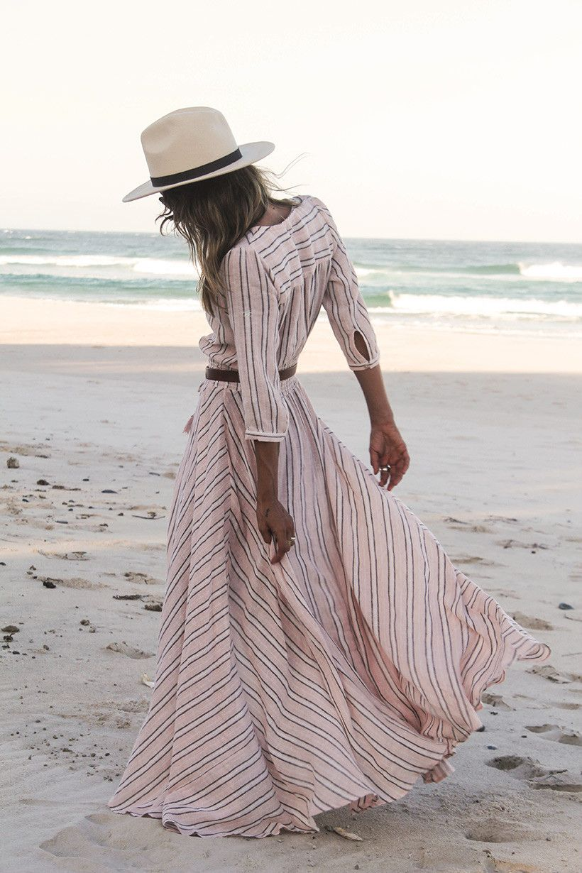 e02fdfd943e9 randig långklänning | Kostym | Sommaroutfits, Mode, Klänningar