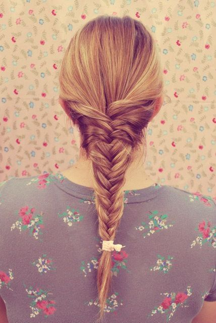 Fishtail braid. cute!