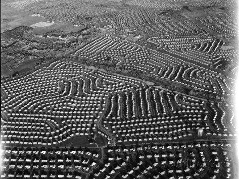 margaret-bourke-white-aerial-view-of-suburban-housing-development-outside-of-philadelphia