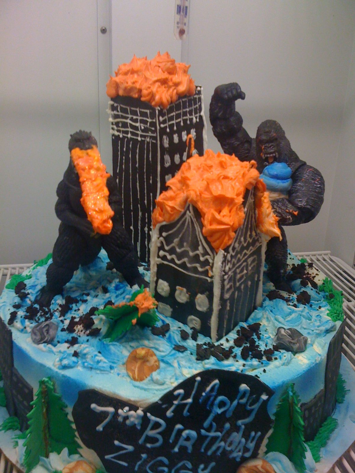 Godzilla Vs King Kong Party Supplies