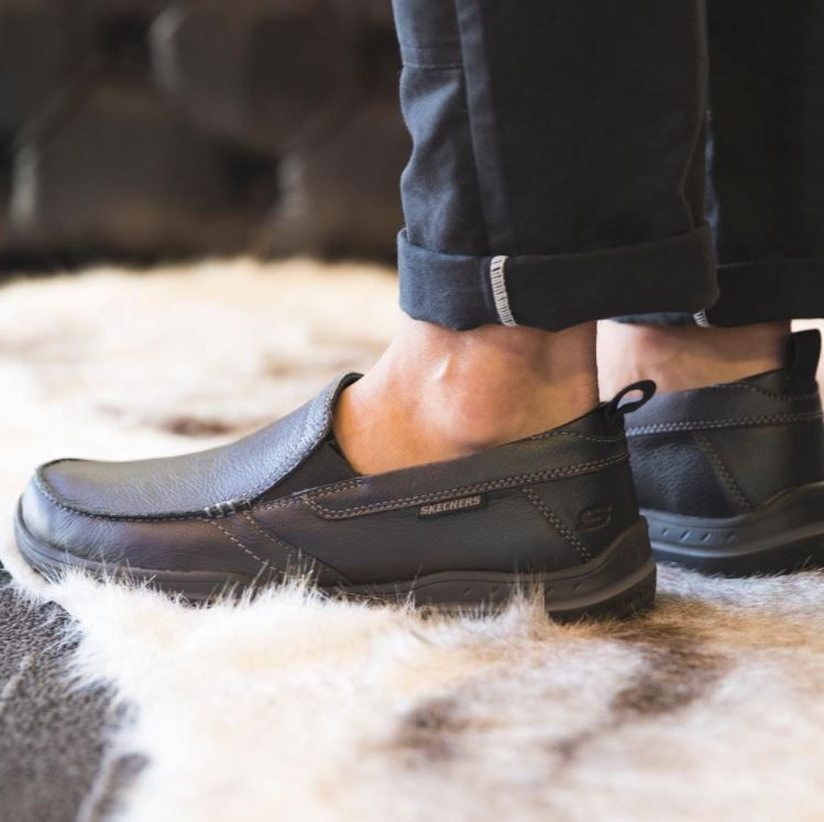 Relaxed Fit: Harper Forde | Skechers mens shoes, Skechers
