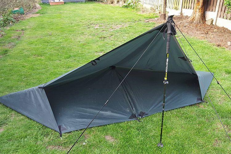dd hammocks    tarp set up idea by tony naylor  tarp set up idea by tony naylor    tarpology  tarp set ups      rh   pinterest
