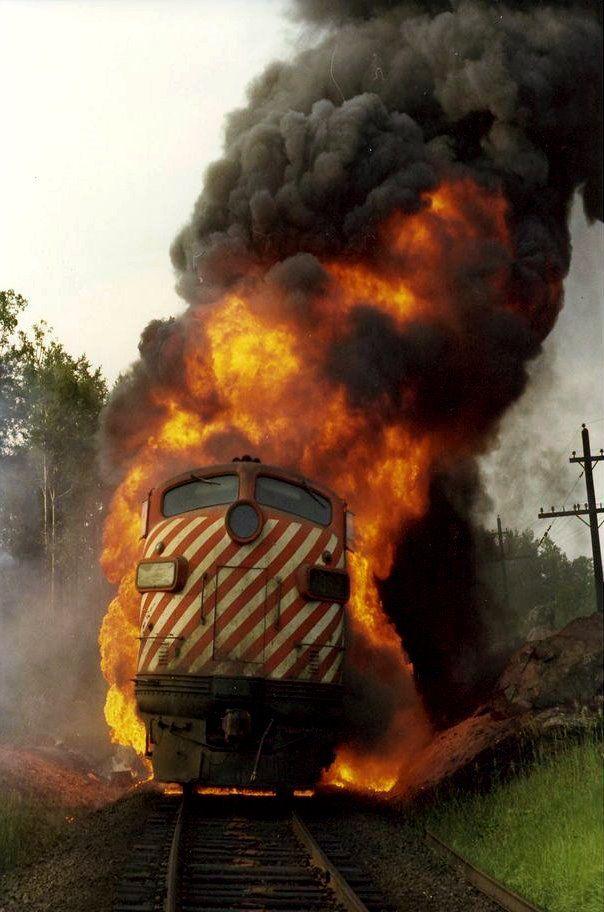 кем поезд в огне в картинках стакана сделайте надрезы