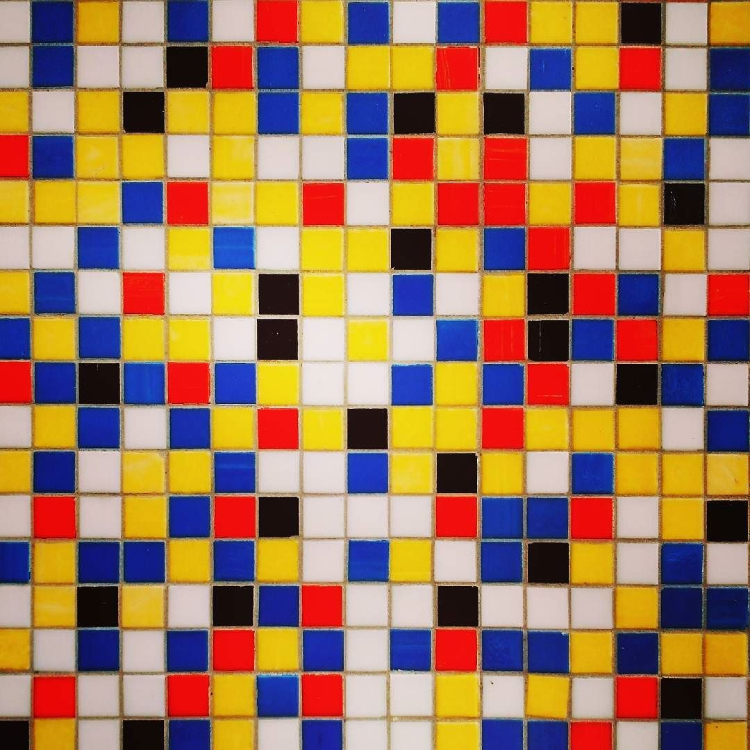 #whatilike #tiles #texure #instatile #colorful #art #street #milan #hospital #instagood #tileaddiction #interior #architecture #exterior #ihavethisthingwithfloors by dutygorn