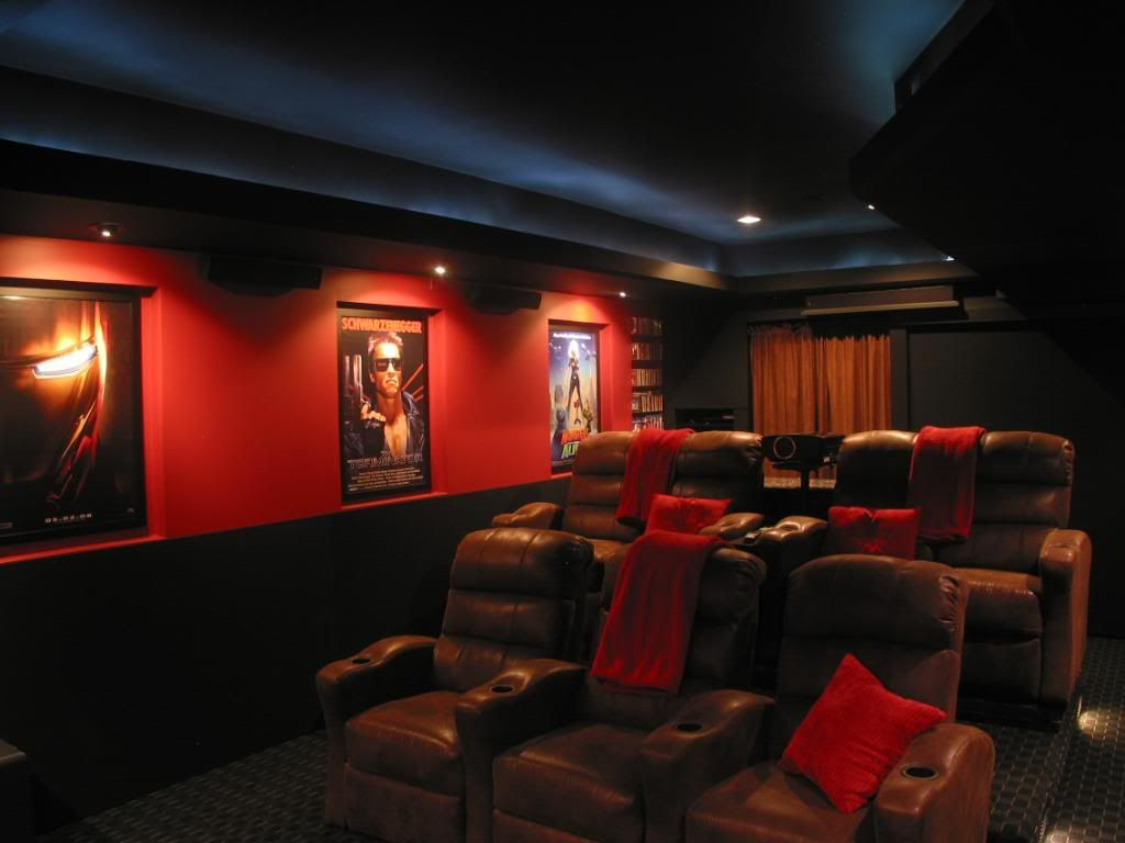 Show us your color schemes home theater pinterest Media room paint ideas