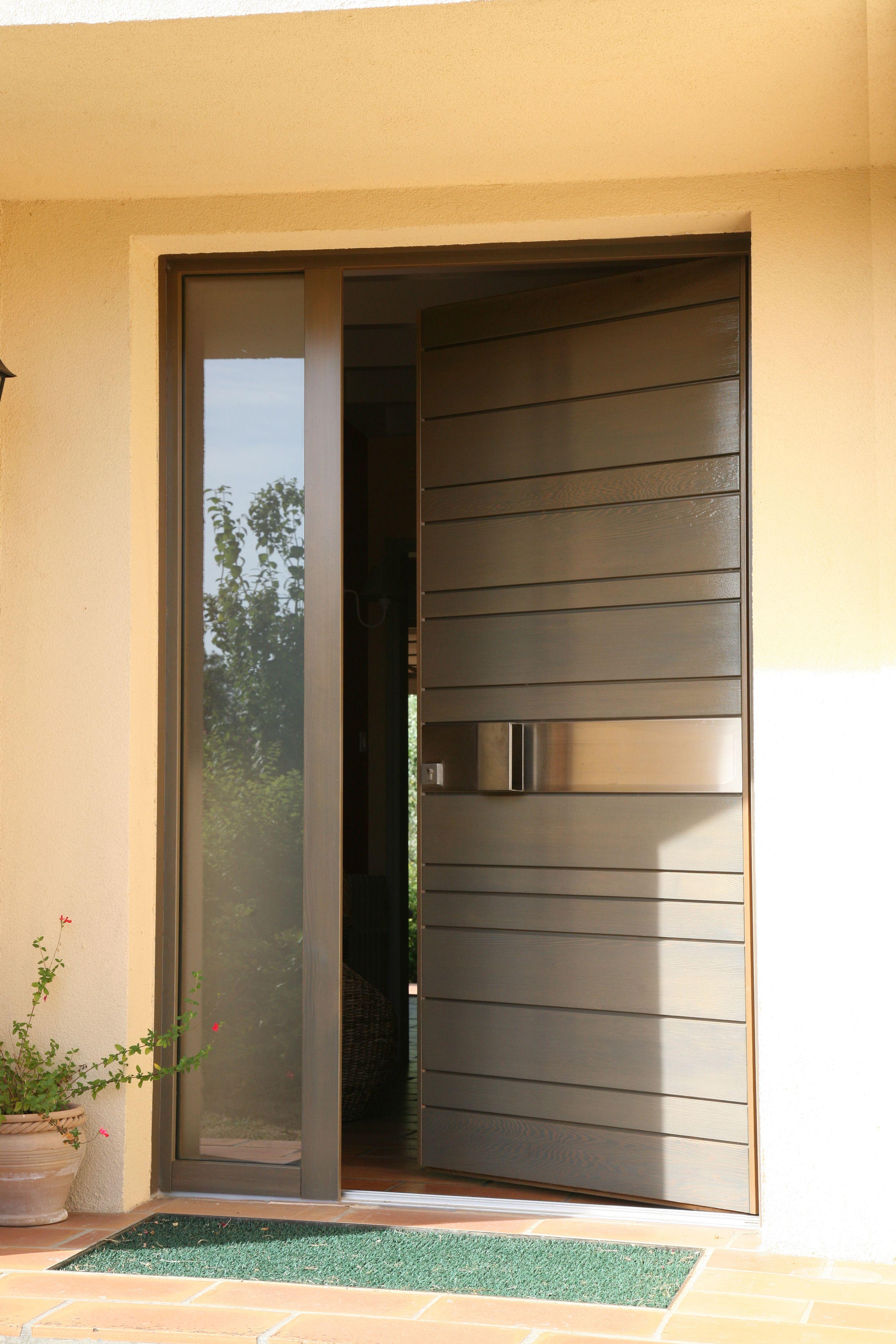 porte d 39 entr e en bois red cedar nativ 2 de zilten entrouverte portes nativ by zilten. Black Bedroom Furniture Sets. Home Design Ideas
