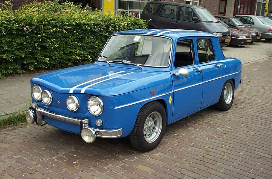 Renault R8 Gordini | Renault | Pinterest | Cars, Europe car and Busses