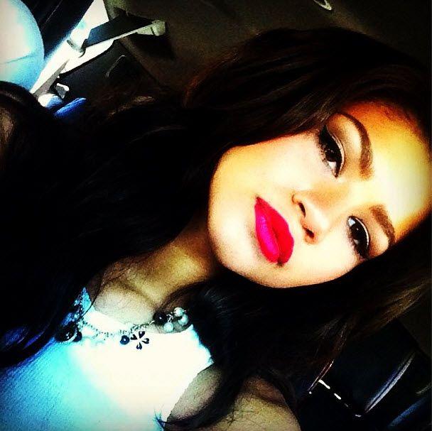 Zendaya Looking Gorgeous