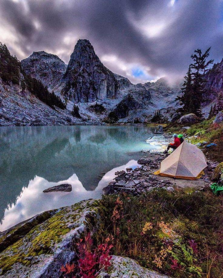 Honeymoon Destinations Rocky Mountains: Watersprite Lake, British Columbia, Canada