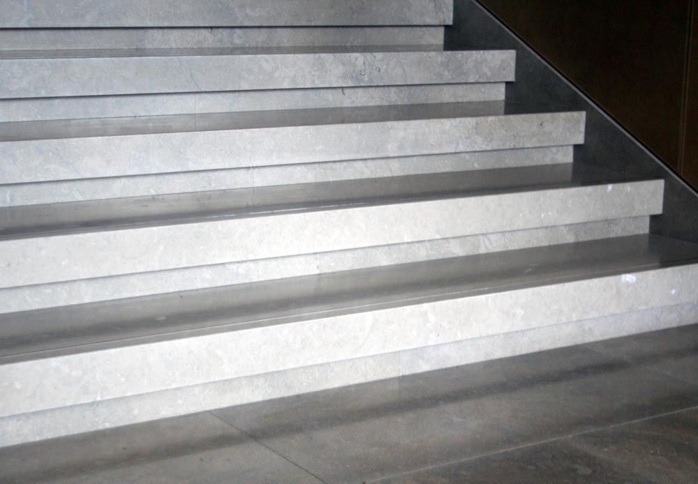 Charmant Limestone Stair Treads By Stone Center, Inc Portland OR