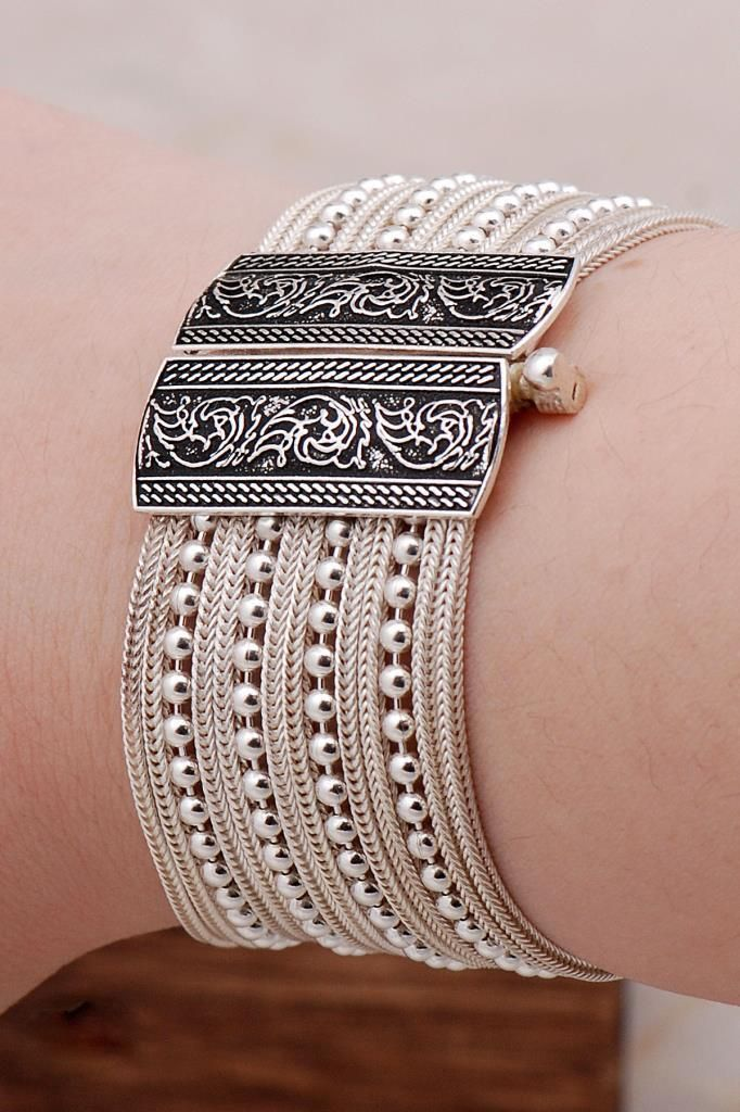 Midyat Straw Design Silver Bracelet