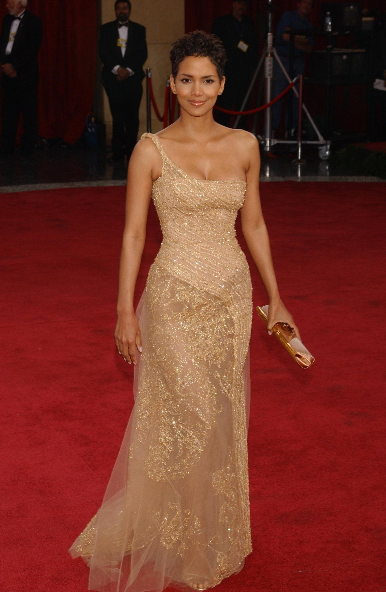 Halle Berry: pic #242204 … | You wear it well | Pinterest | Halle ...