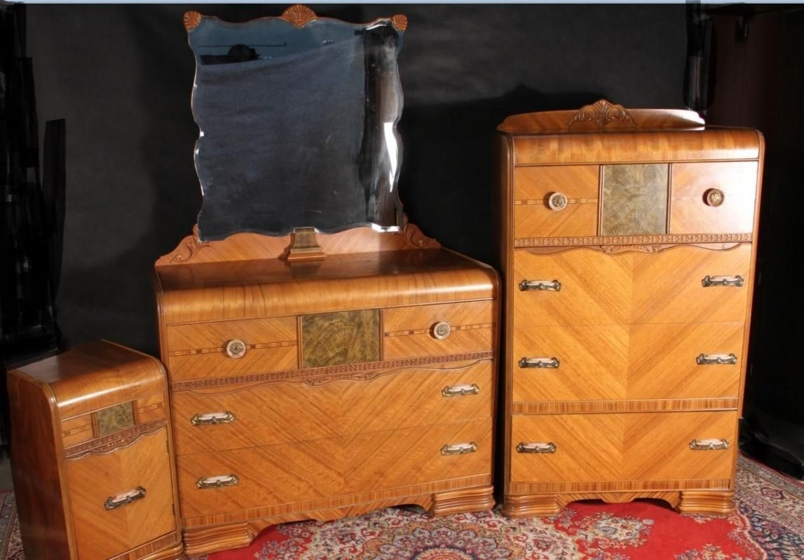 Best Pin By Stephanie Vissers Valentine On Antique Bedroom Sets 640 x 480