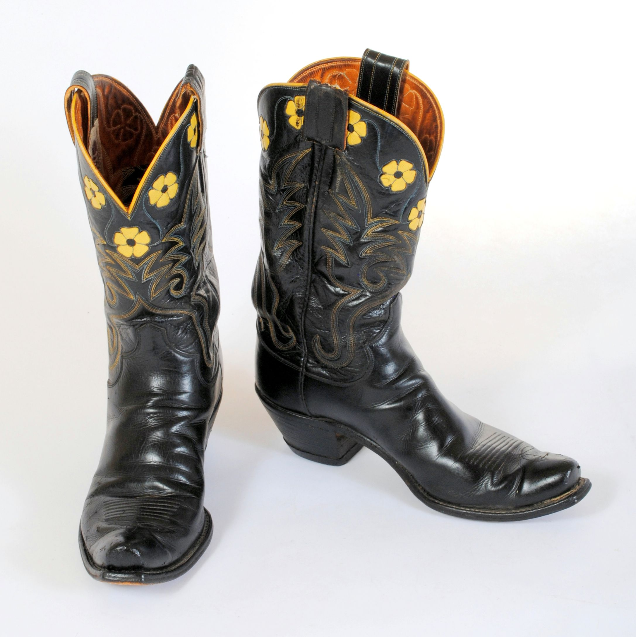 aef117ae52c These vintage cowboy boots are Hyer made in black and yellow and are  darling! https