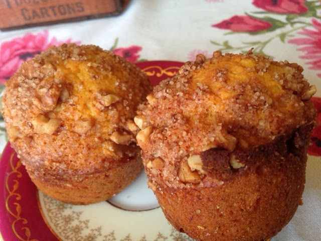 Miss Townmouse: Pumpkin and honey muffins