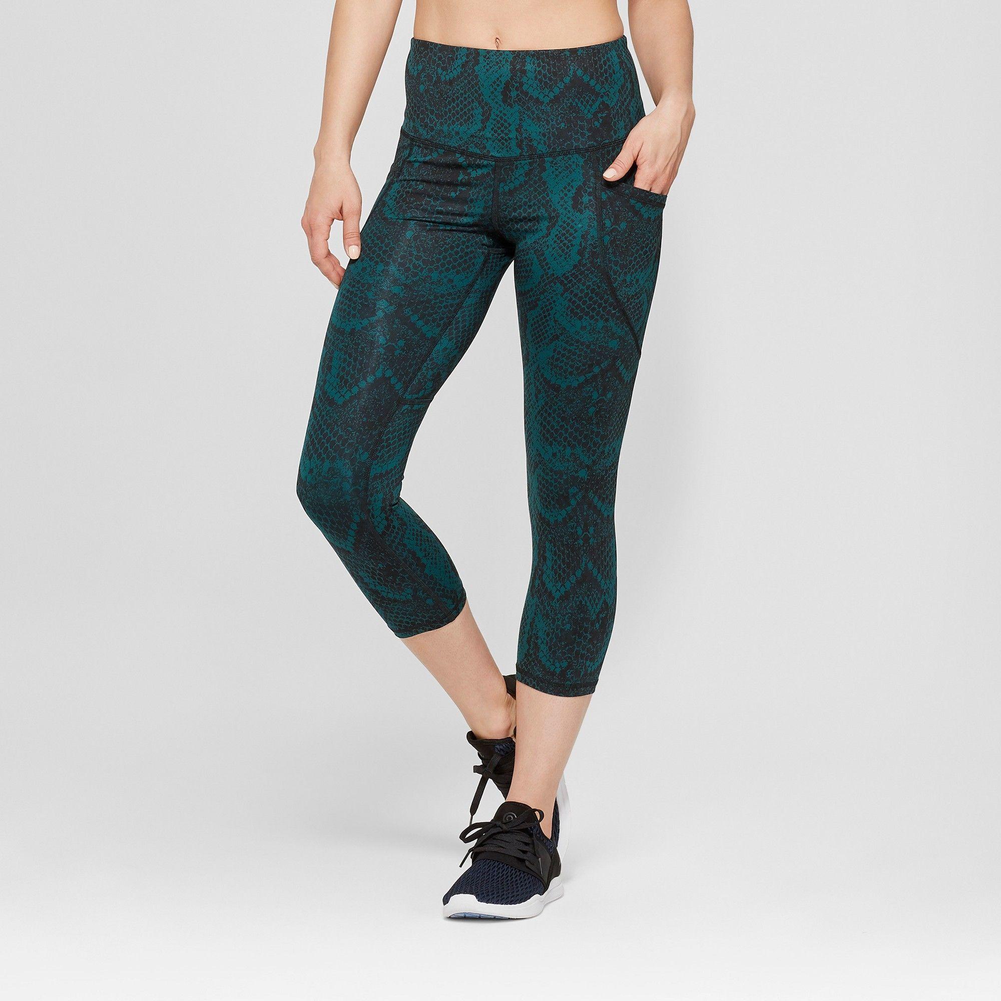 739cc8fe1afc62 Women's Snake Print Embrace High-Waisted Capri Leggings - C9 Champion Night  Garden Green M