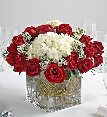 Wedding Centerpiece In Gl Cube With Red Rose And White Flowers No