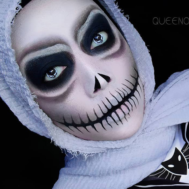 Get The Best Skeleton Costume Featuring Coloured Contact