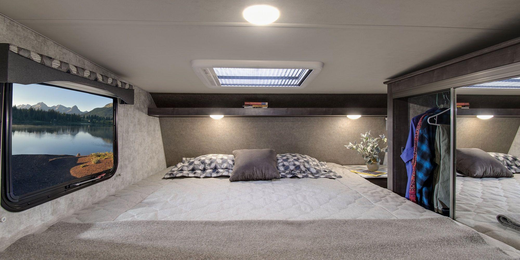 30 Amazing Picture of Camper Bedroom (Dengan gambar)