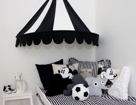 mommo design: OVER BED......Circus tent