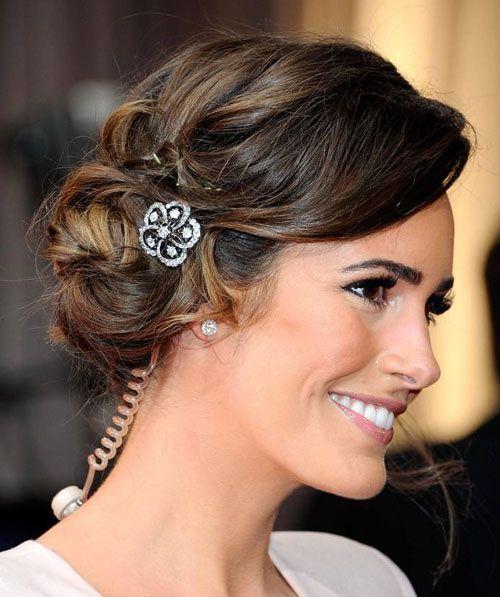 Bridesmaid Hairstyles For Short Hair Curls Jpg 500 597 Pixels Short Wedding Hair Long Hair Styles Curly Hair Updo