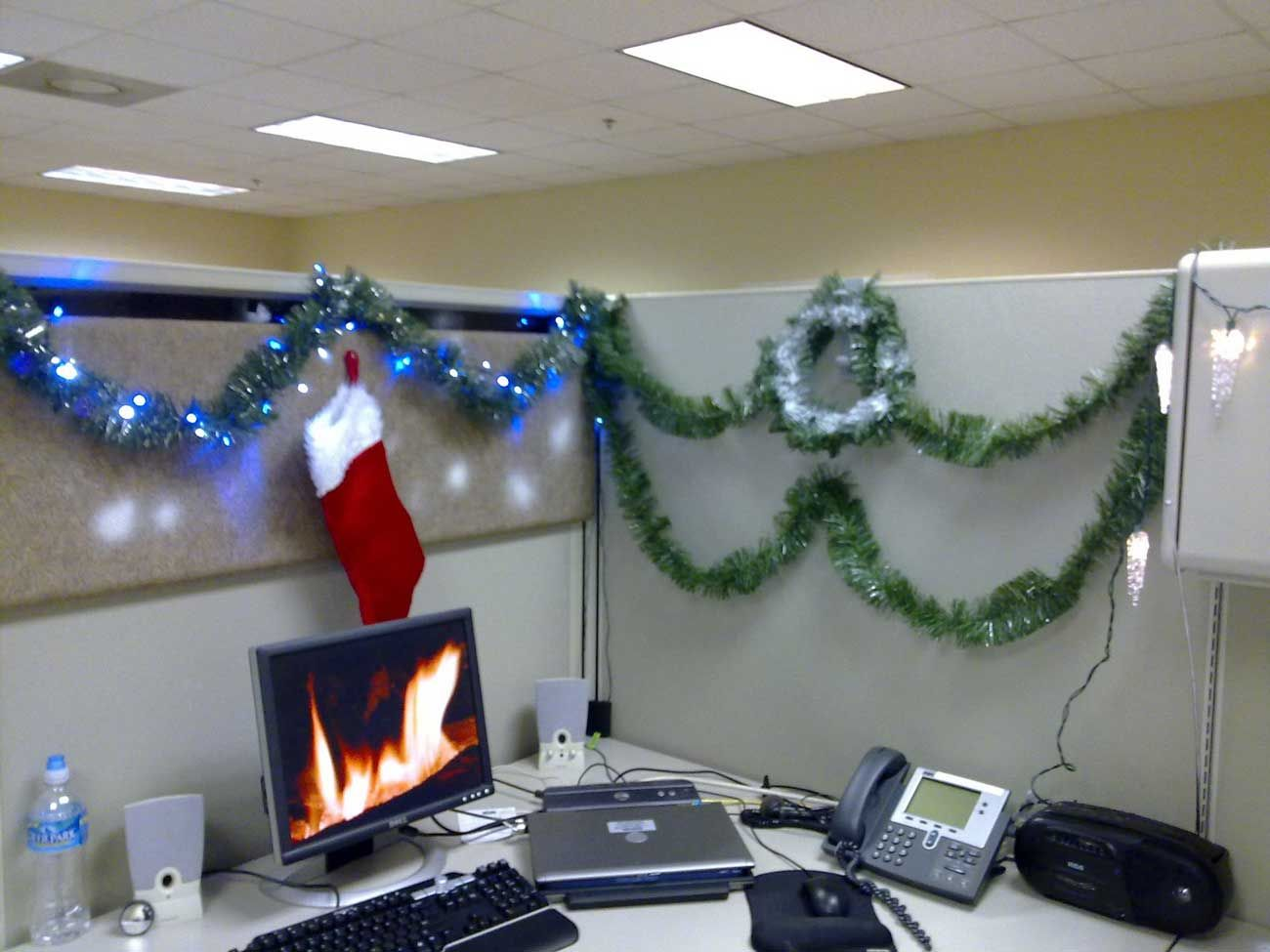 fire background for the computer holidaychristmas cubicle decoration office decorations christmas