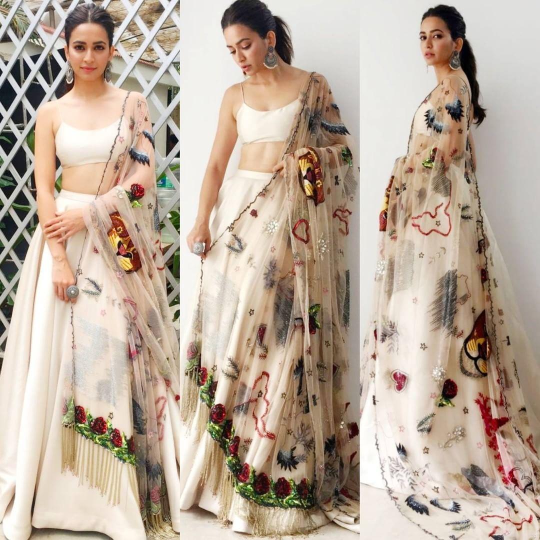421e4d0c12b Fab 👍 or Drab 👎 Kriti Kharbanda for Yamla Pagla Deewana Phir Se  promotions  Bollywoodstylefile ❤❤❤ . Outfit ~  SunainaKhera Hair 💇 ~…