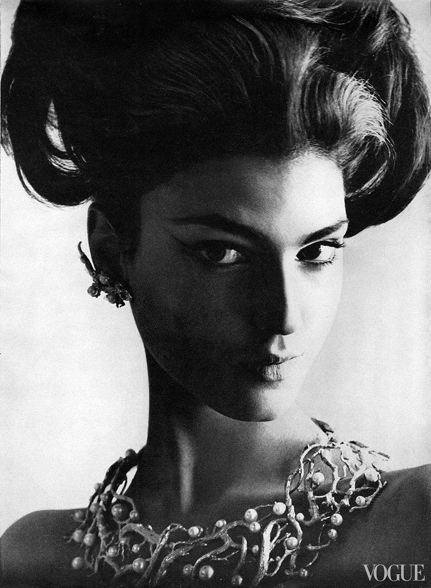 Benedetta Barzini - She started at the top: Vogue editor Diana Vreeland offered this well-heeled Italian her first modeling job. A face of the sixties, she played it cool on the pages of the magazine; off-camera she swung with the Warhol's Factory Set.  Photo by Leombruno-Bodi.  Vogue, January 15, 1964.