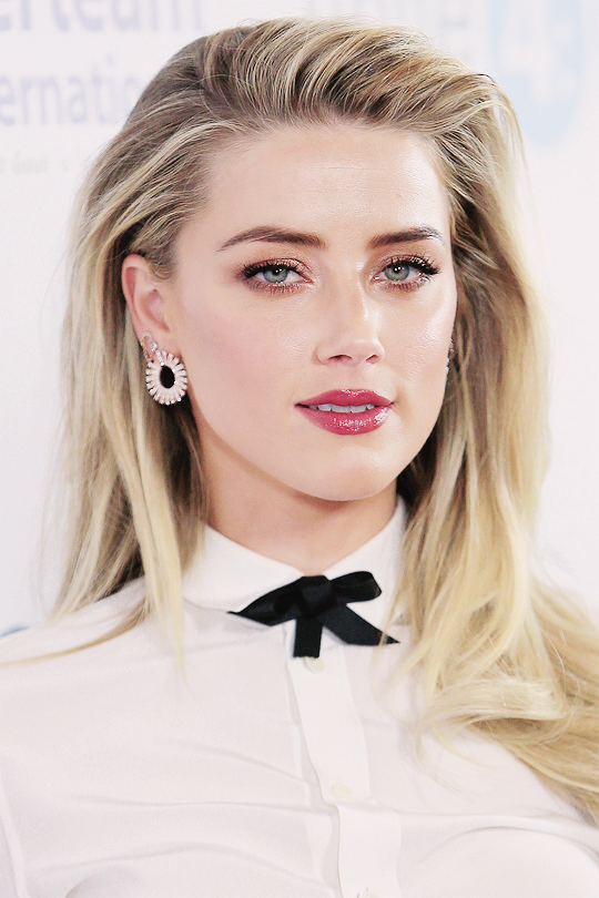 Daily Amber Heard Amber Heard Hair Amber Heard Style Amber Heard