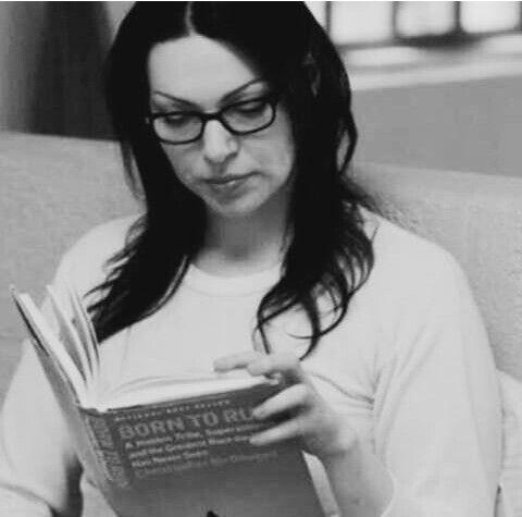 Reading enhances the soul.