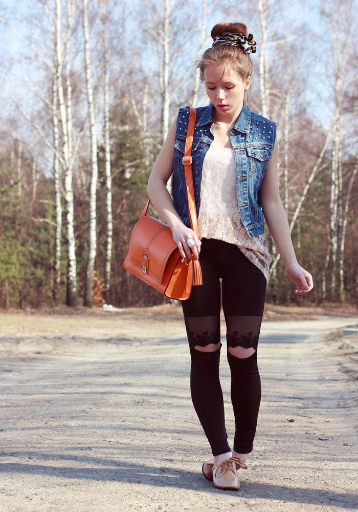 i can probably make a DIY vest like this. ♥