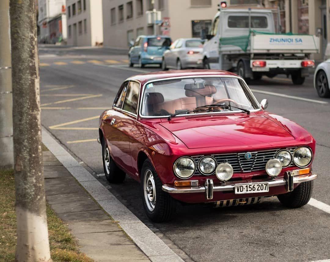 Alfa Romeo Gtv 2000 Bertone For Sale Alfa Romeo Giulietta Classic Cars Sale Alfaromeoclassiccars Alfa Romeo Gtv 2000 Alfa Romeo Classic Cars