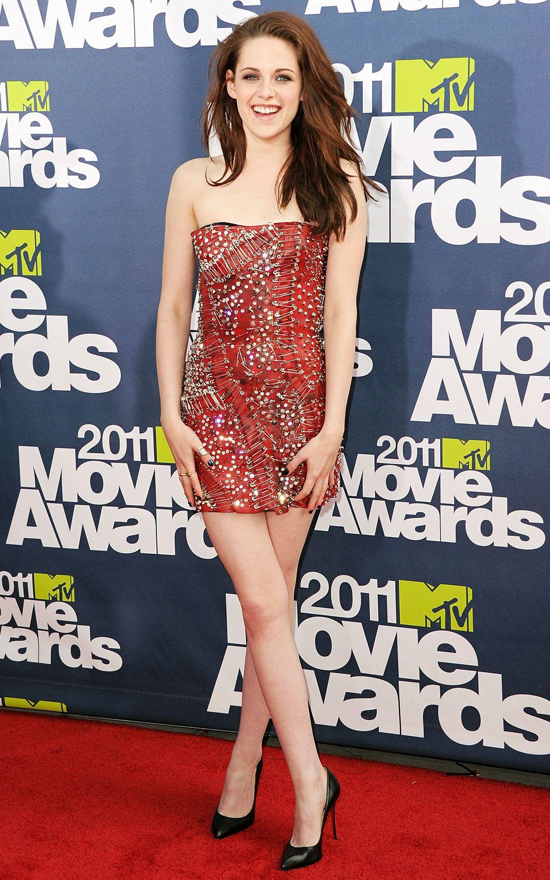 Kristen Stewart's Most Stunning Red Carpet Looks | Carpets, Red ...