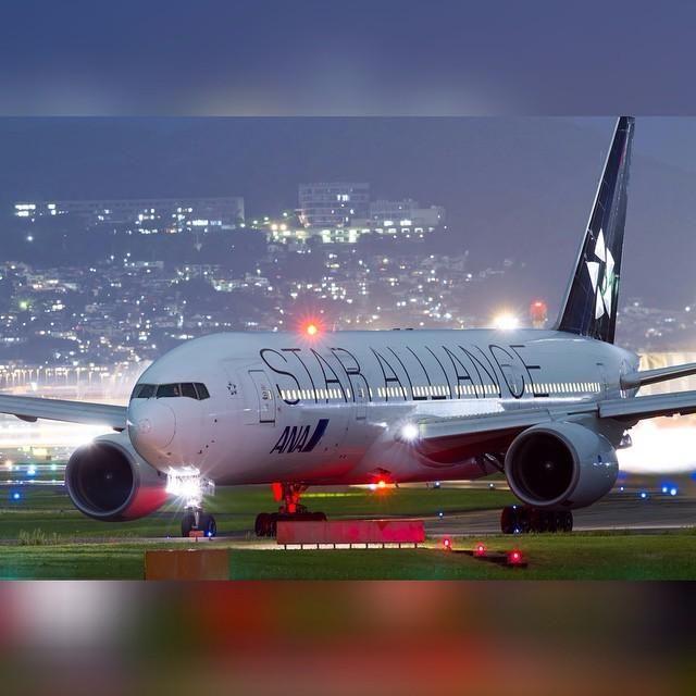 Night Flight - ANA B777 STAR ALLIANCE