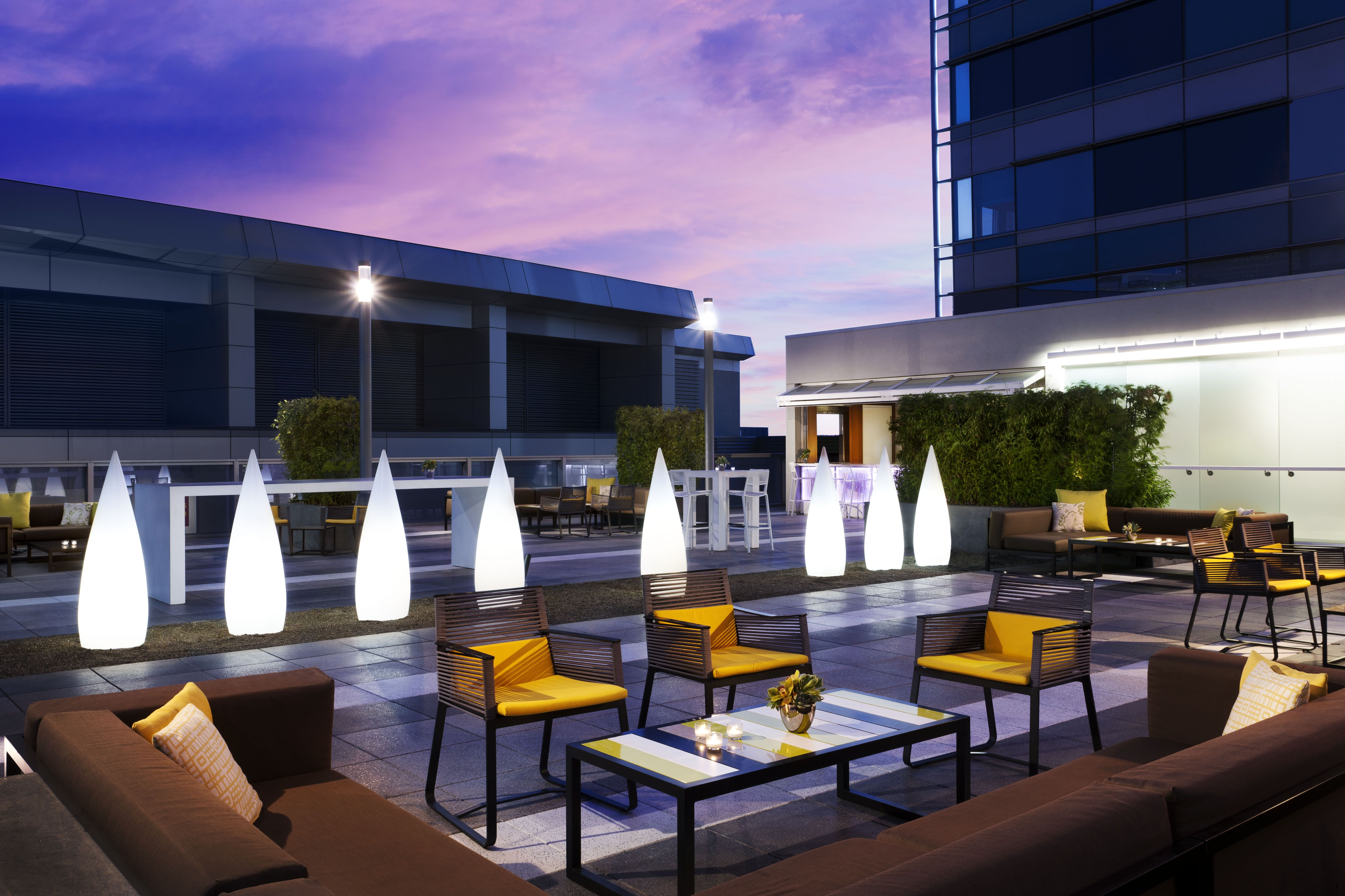 Ion Rooftop Bar And Lounge At Jw Marriott Los Angeles L A