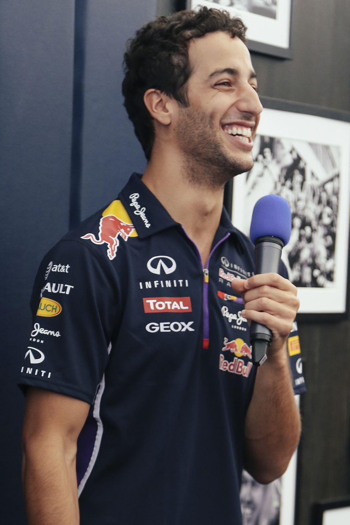 Bildergebnis Fur Daniel Ricciardo Michelle Ricciardo