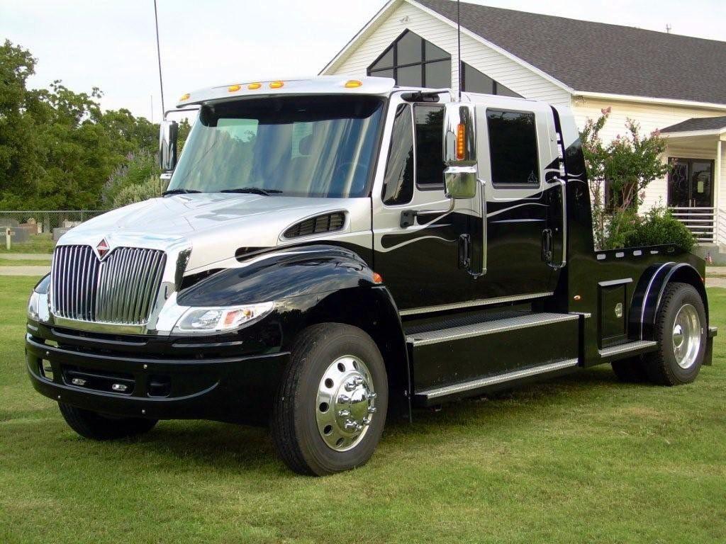 Pickup chevy c7500 pickup : 2L CUSTOM TRUCKS - Medium Duty International Black/Silver   The ...