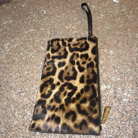 Clutch Large zip clutch Haircalf MICHAEL Michael Kors Other