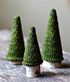 Knitting Pattern - Jack Pine Tree - Knit Christmas Tree - Holiday Decor - Knitted Tree - Knit Tree Pattern #crochetelements