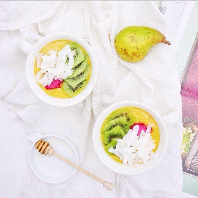 Mango smoothie bowl.