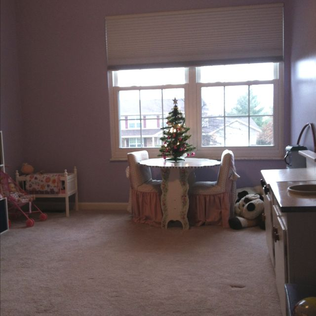 More of the playroom.  And more curtains for the to do list...