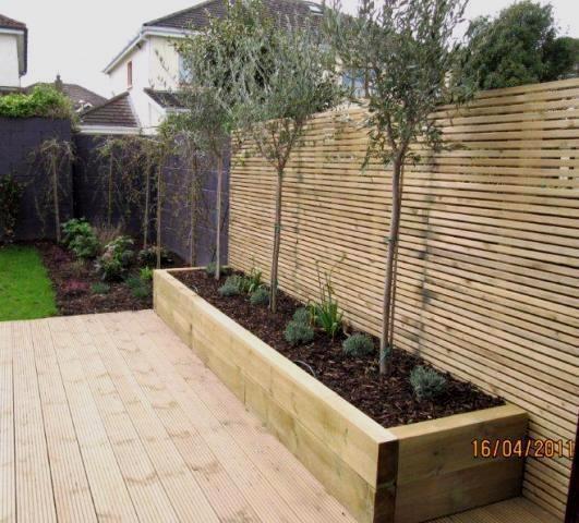 Siebung Fur Abfallbehalterbereich Garten Und Bad Ideen Garten Sichtschutzwand Garten Garten Ideen