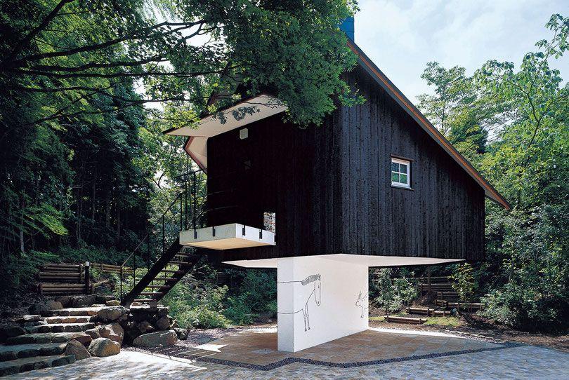 l 39 architecte terunobu fujimori tr s adepte du bois br l. Black Bedroom Furniture Sets. Home Design Ideas