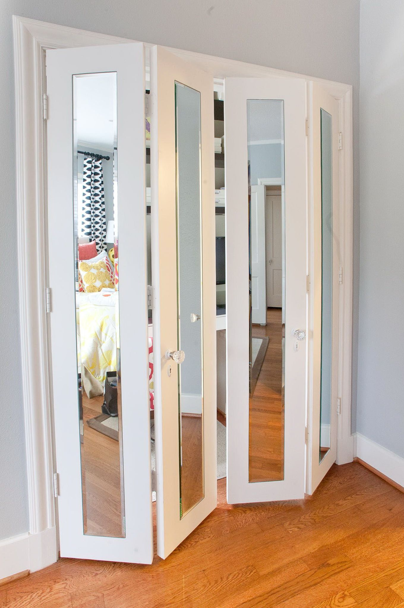 Stanley Mirrored Sliding Closet Doors With Images Mirrored