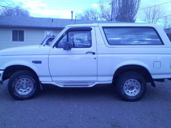 Make Ford Model Bronco Year 1994 Exterior Color White Interior