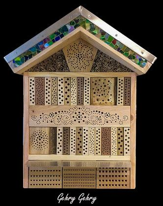 insektenhotel insektennisthilfe nisthilfe esche ash bohr die keulenwespe sapyga clavicornis. Black Bedroom Furniture Sets. Home Design Ideas